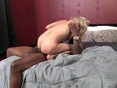 Mikki Lynn Gets Pussy Creampied After Hard Fucking 4