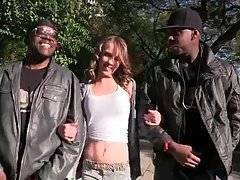 Beckie Lynn Wants To Fuck With Black Guys 1