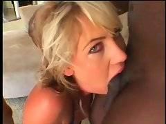 Pretty Slender Blonde Longs To Get Laid 3